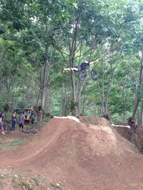 MARK MULVILLE IN THE COFFE TRAILS 2