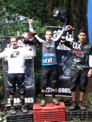 IZ-DER: 2- Roberto Castillo, 1- Alvaro Hidalgo, 3- Jhonny Flores